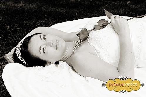 Gina (MM) 135 (v b&w)